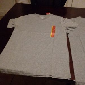4 Men's  Mossimo tee shirts size S.